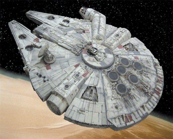 Уфологи обнаружили НЛО в виде «Тысячелетнего сокола» из «Звёздных войн»
