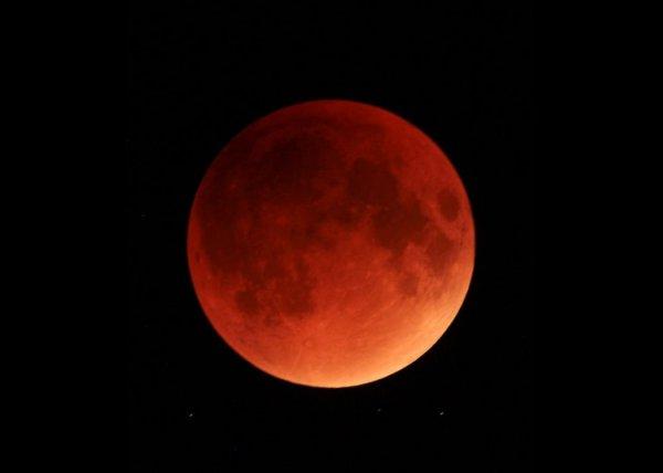 31 января 2018 года в небе появится необычная «Кровавая Луна»